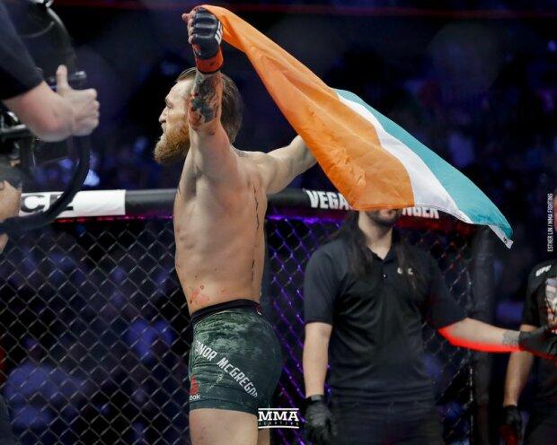 Конор Макгрегор достроково переміг Дональда Серроне на UFC 246, MMA Fighting