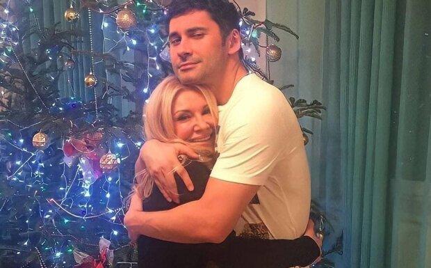 Дан Балан с мамой / фото: instagram.com/_dan_tina/
