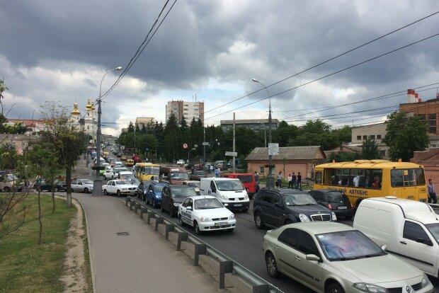 """Вінницького маршрутчика """"покарали"""" на 500 гривень"""