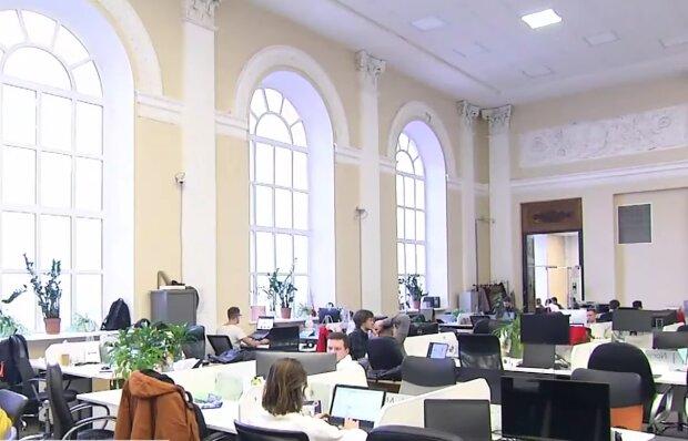 Іспит з української мови на держпосаду, кадр з відео