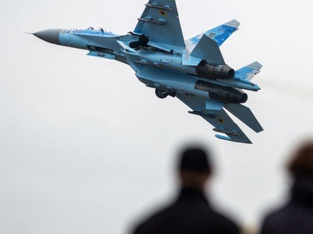 """Крушение украинского самолета Су-27: на месте трагедии нашли """"черный ящик"""""""