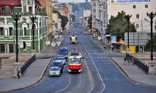 По ночному Харькову бродит женщина в белом, голливудские страшилки отдыхают: видеоужас