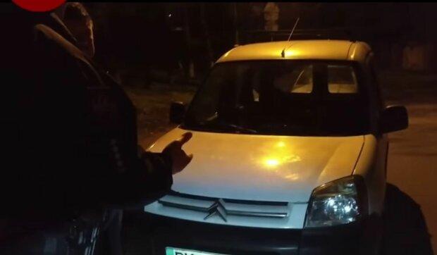 П'яний водій, фото: скріншот з відео
