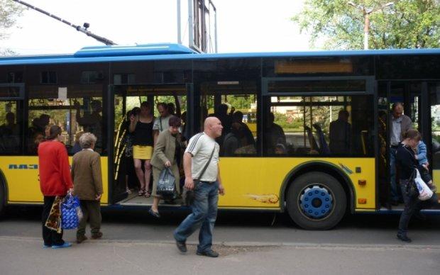 Київський транспорт змінить роботу на свята