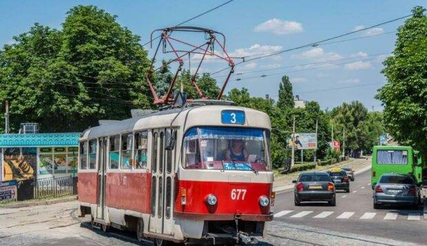 У Дніпрі трамваї різко змінять маршрути, не ловіть гав: як не заблукати