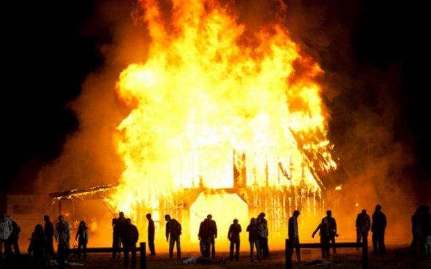Покойник сжег крематорий в США