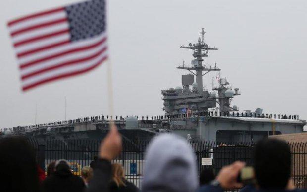 Путінський корабель підло шпигував за США