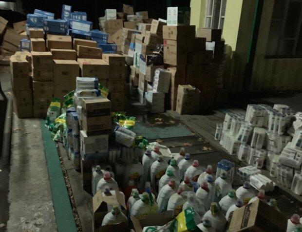 Копы накрыли крупную партию ядовитого фальсификата: этим могли пользоваться сотни украинок