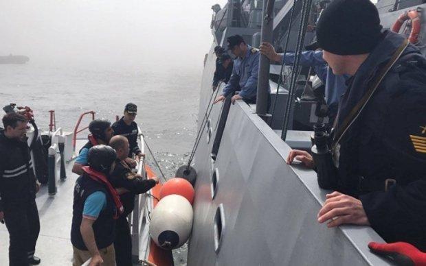 Россияне оставят на дне затонувший разведкорабль: там экипаж и без того начудил