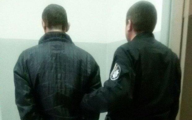 Київський педофіл згвалтував власну дочку