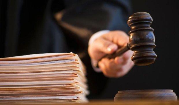 Полиция не в состоянии охранять суды по резонансным делам