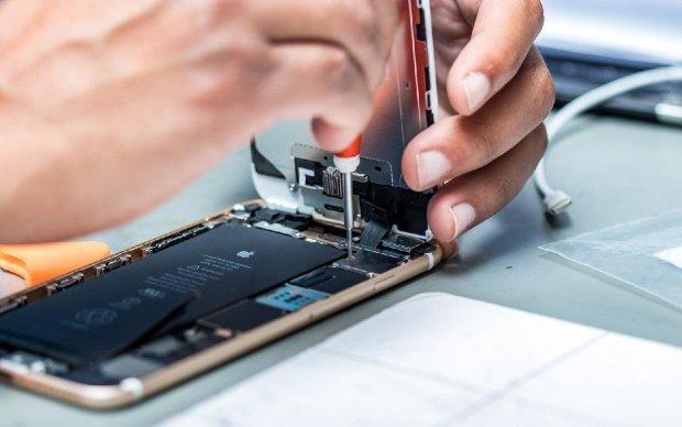 Apple переманила известного сотрудника Samsung для создания новых устройств