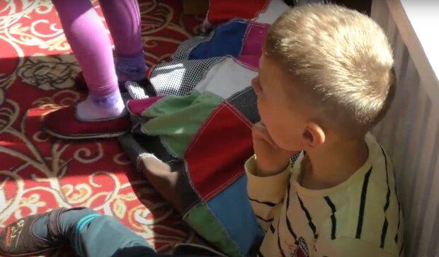 Дети, скриншот с youtube