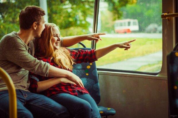 Крепче любовных союзов не встретишь: какие знаки Зодиака созданы друг для друга