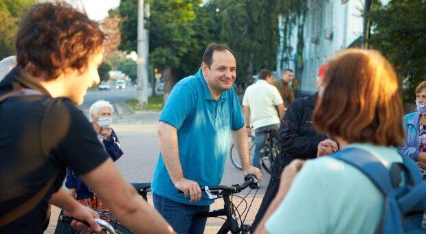"""Марцінків показав Кличку, що робити з велосипедом: """"На дачу"""""""