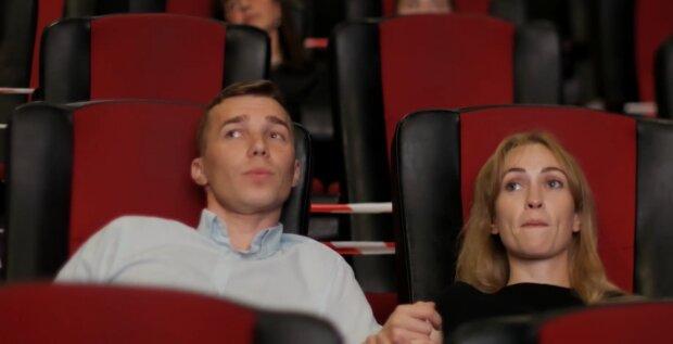 """Кінотеатри в """"червоній"""" зоні: як українці зможуть переглянути фільми в особливих умовах карантину"""