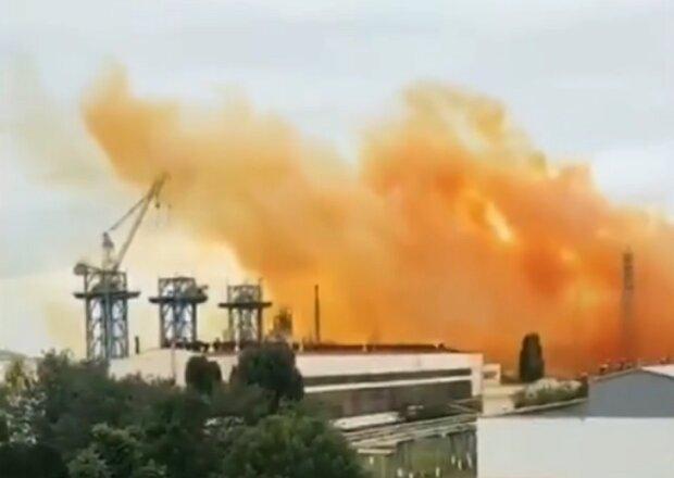 Взрыв на заводе в Ровно может стать техногенной катастрофой: ученый-химик предупредил об опасности
