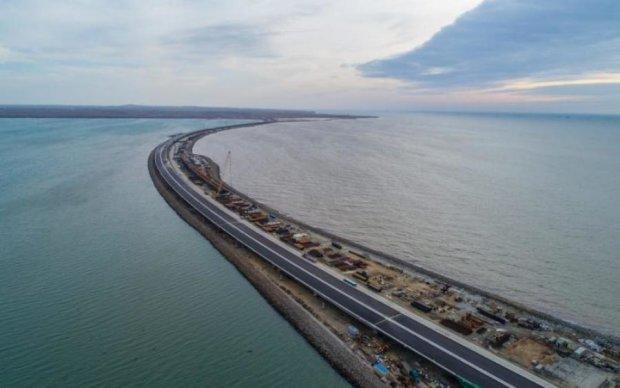 У мережу злили знімки Кримського моста з космосу