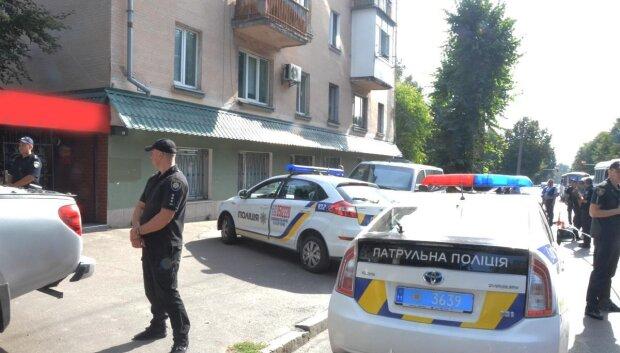 """Киевская полиция схватила банду опасных преступников: """"Угрожали утюгом и прострелили ногу"""""""