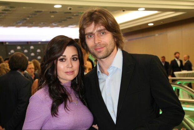 Чоловік Заворотнюк втік з Росії з коханкою: що відомо про нову пасію Чернишова