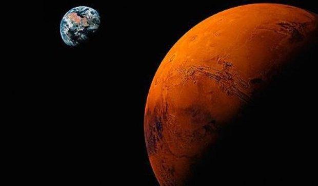 Вчені запропонували дистилювати воду на Місяці