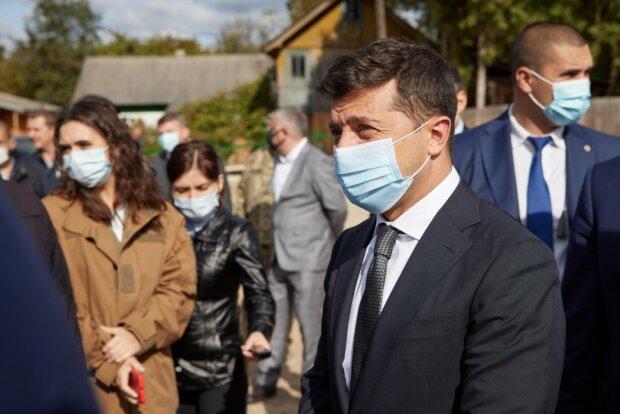 Зеленский заговорил об отмене безвиза для Украины