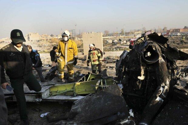 Boeing 737 сбили ракетой: власти Ирана признают свою вину в крушении украинского самолета МАУ