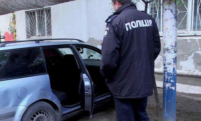 В Одесі 12-річний рецидивіст викрав автомобіль і ліг у ньому спати