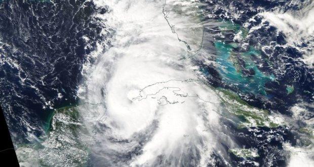 """США накрив ураган """"Майкл"""": кількість жертв зростає"""