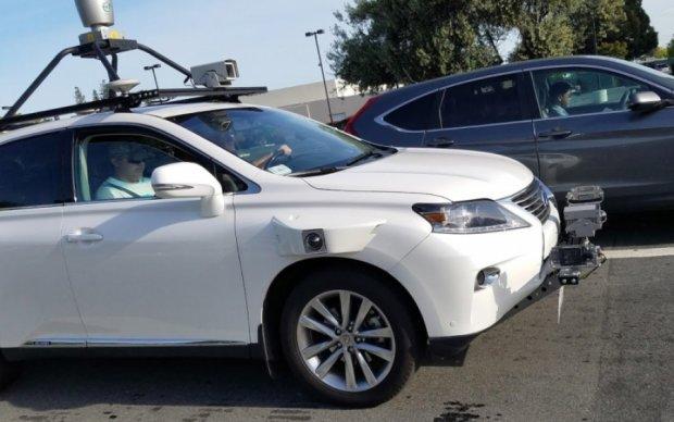 Беспилотный автомобиль от Apple впервые попался на фото