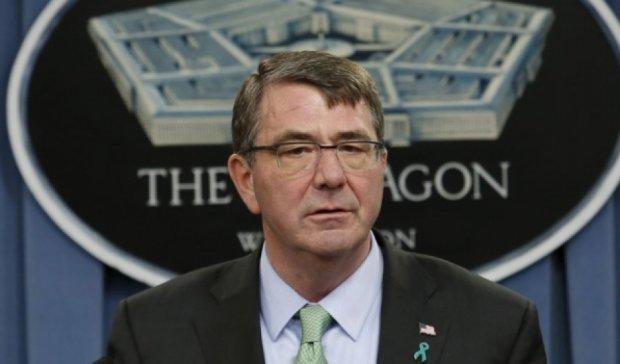 Глава Пентагону особисто стежить за ситуацією в Україні