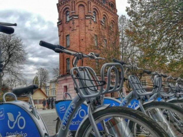 велосипедна станція, Вінниця, фото Google