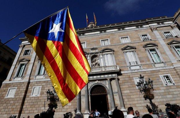 Іспанський уряд хоче викопати тіло Франка: люди готуються до протесту