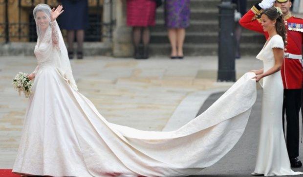 Культовые свадебные платья: Одри Хепберн и Мишель Обама  (фото)