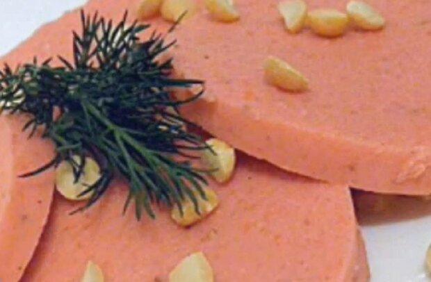 Ковбаса з квасолі, кадр з відео: YouTube Ранок Надії