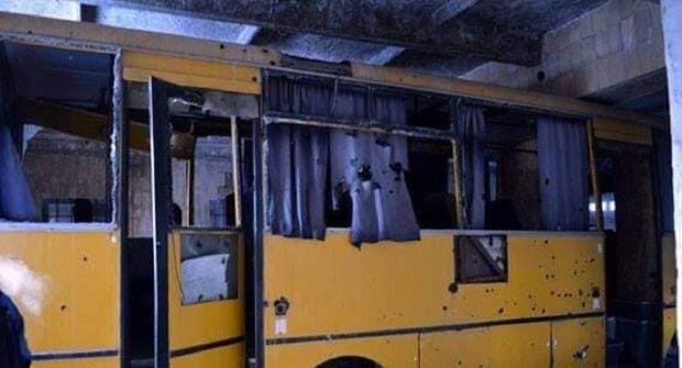 Автобус після обстрілу, фото: Facebook МВС України