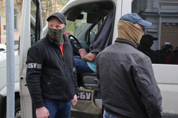 СБУ розпочала війну проти МВС через Зеленського: вже відкрили справу