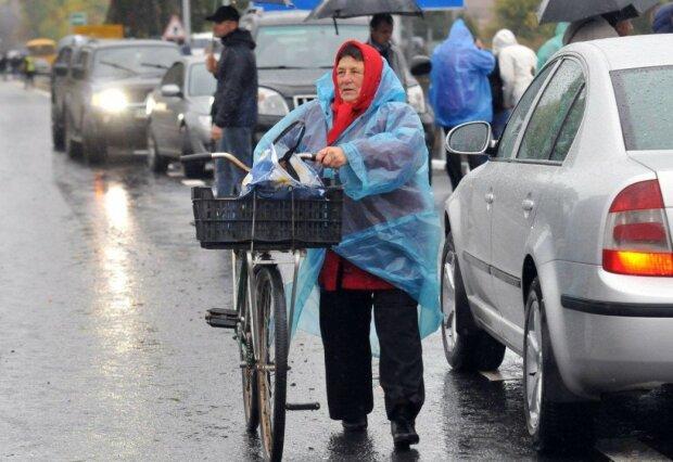 Украинцам в марте пересчитают пенсии, кому ждать надбавок