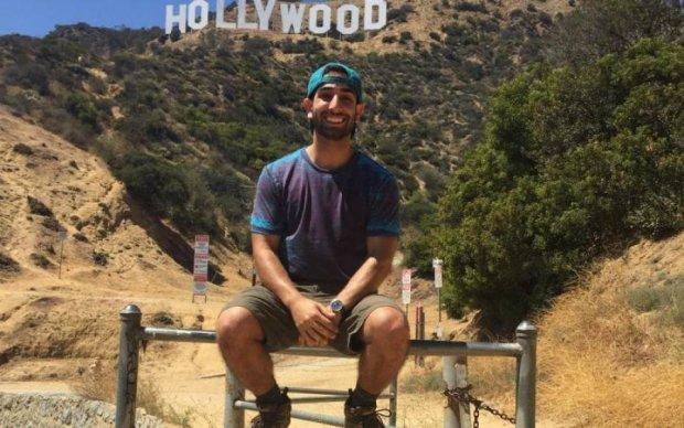 """Світ ламає голови над """"зайвими"""" кінцівками зірок Голлівуду"""