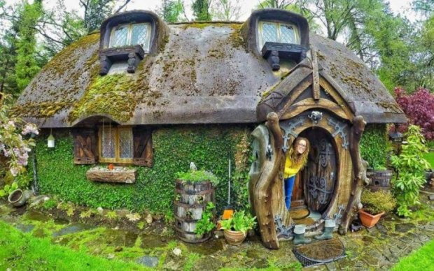 Как у Толкина: мужчина построил самый необычный дом