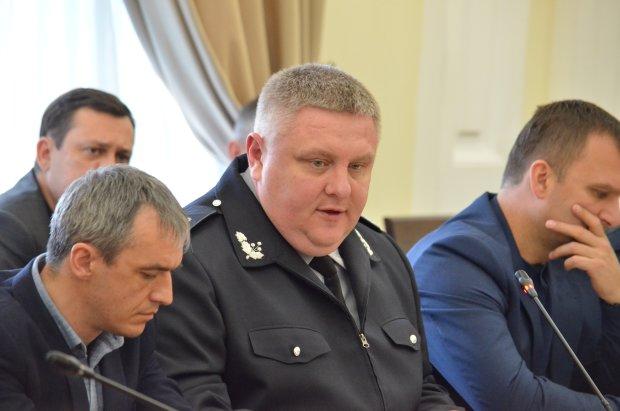 Крищенко в залі КМДА розповів про порно
