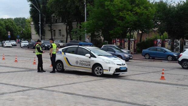 У Києві зник безвісти молодий хлопець: рідні підняли всю Україну, як він виглядає