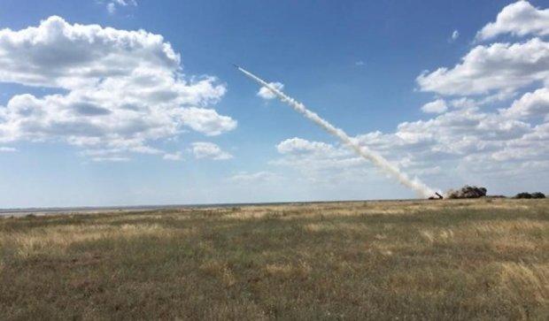 Турчинов назвал преимущества украинских ракет перед российскими