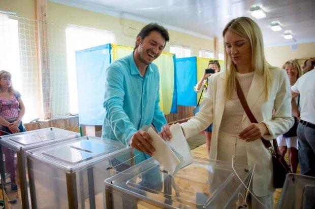 Выборы в Раду 2019: как голосовали Притула, продюсер Лорак, Кошевой, Бурмака и другие звезды