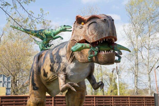 Самый большой парк динозавров в Украине, фото: Facebook