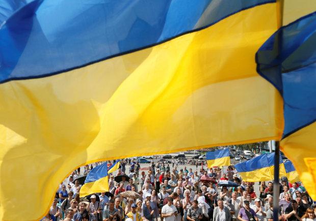Молитва за Україну до Великого посту: рятівні слова, які легко запам'ятати