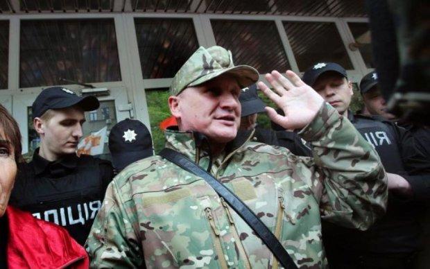 Суд над Коханивским: националиста срочно увезли из зала