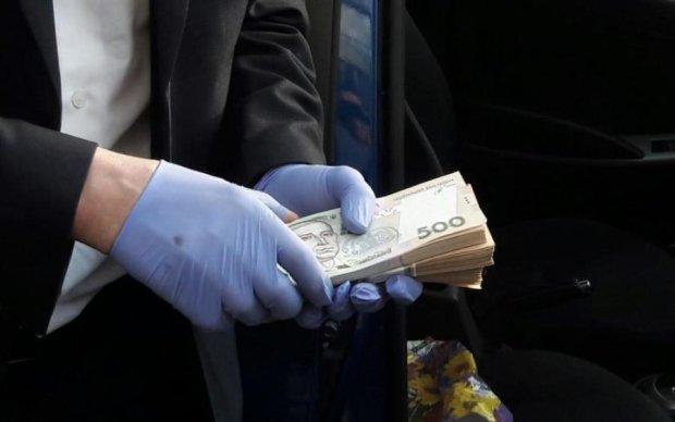СБУшник вимагав у львів'янина не тільки гроші