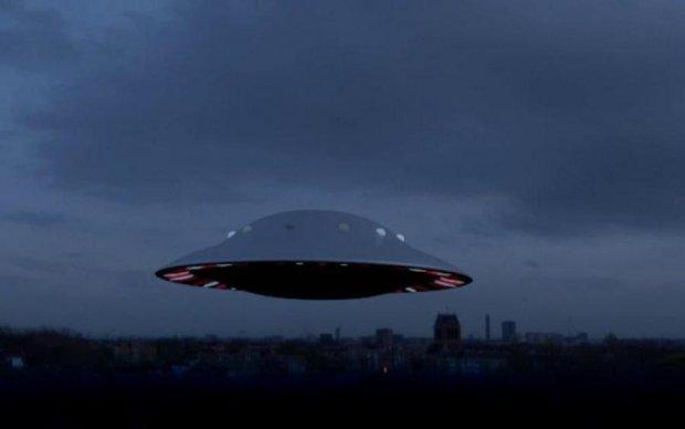 Не поділили Землю: з'явилося відео битви двох НЛО