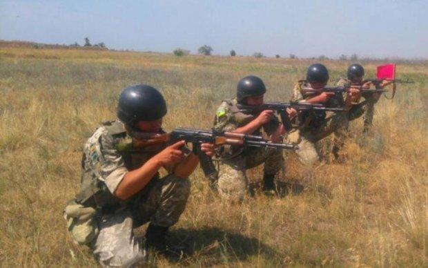 Пограничники открыли стрельбу на границе с Крымом